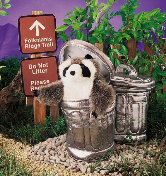 Handpuppe Waschbär im Mülleimer