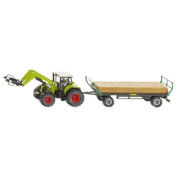 Traktor und Ballenwagen mit